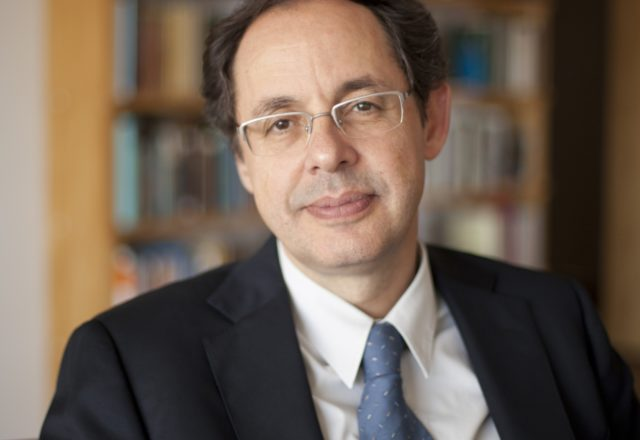 Eduardo Giannetti da Fonseca palestras de economia